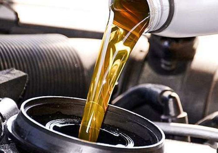 قیمت روز روغن موتور در بازار (۸ آبان) + جدول