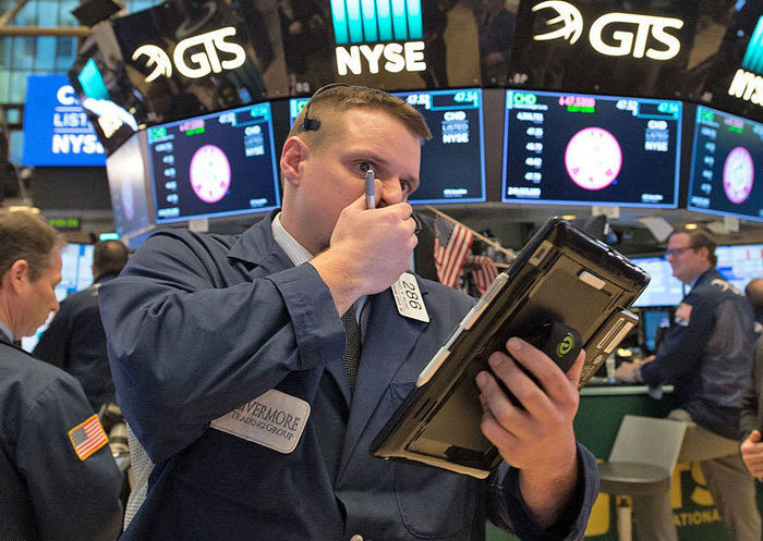 سقوط بازار سهام آمریکا ادامه دارد