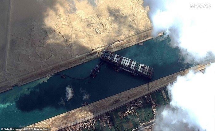 6 روز بسته شدن کانال سوئز چه بلایی بر سر قیمت نفت آورد؟