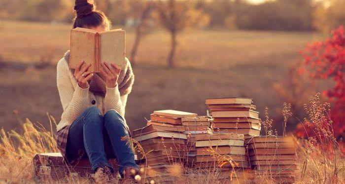 چند دلیل برای اینکه کتاب نخوانید!