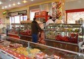 فاجعه در بازار مرغ تمامی ندارد/ صف های ۳ ساعته برای خرید مرغ!