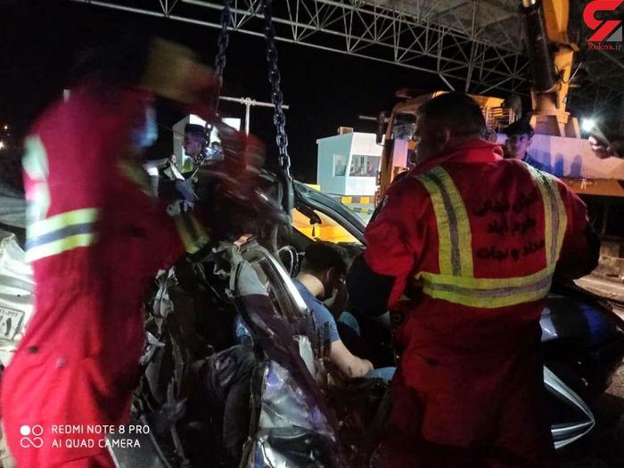 تصادف مرگبار تریلی با پژو + عکس