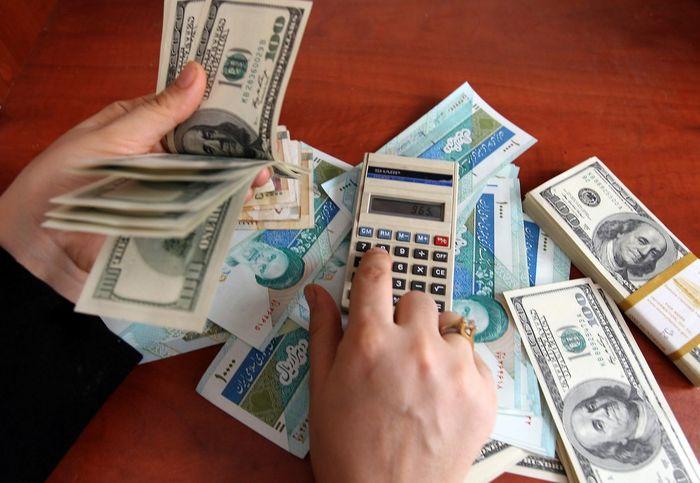 پیشبینی معامله گران از روند قیمت دلار