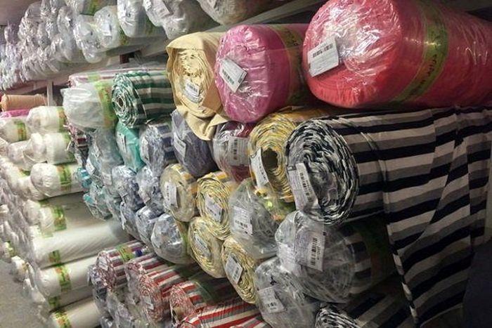 کشف ۴۰ میلیارد ریال پارچه قاچاق در تهران