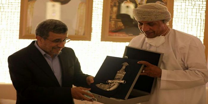 هدیه لاکچری عمانی ها احمدی نژاد در دبی + عکس