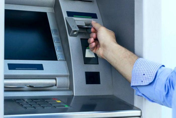 این افراد کارت اعتباری معیشت میگیرند + جزئیات