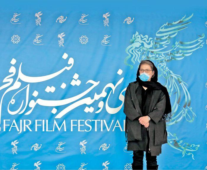 رویا افشار برنده سیمرغ بهترین بازیگر زن جشنواره فجر