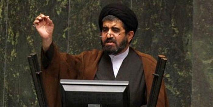 موسوی:چوب بی لیاقتی مدیران را خوزستان می خورد!