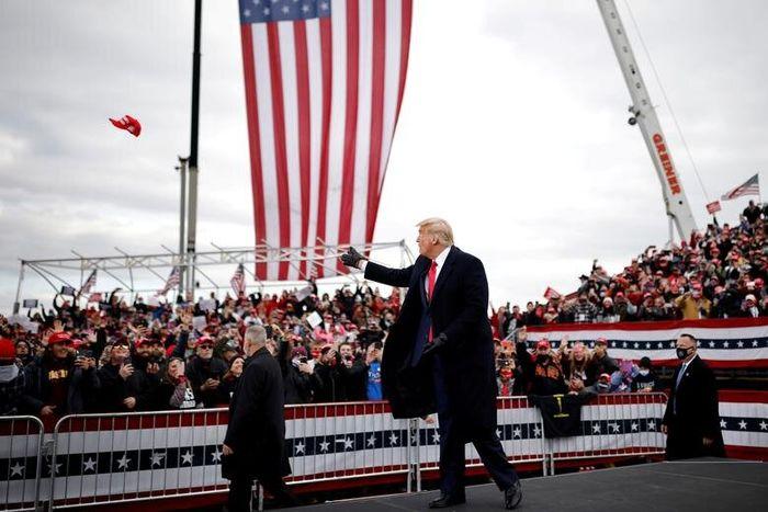 ترامپ مقام های ناظر بر انتخابات را فاسد خواند