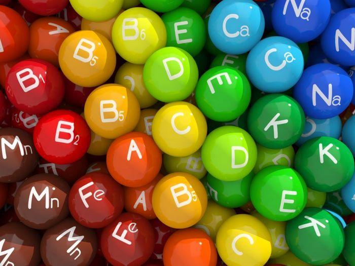 تاثیر مصرف انواع ویتامین ها بر بیماری کووید-۱۹