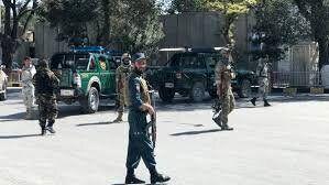 آماده باش پاکستان/پرچم طالبان به اهتزار درآمد