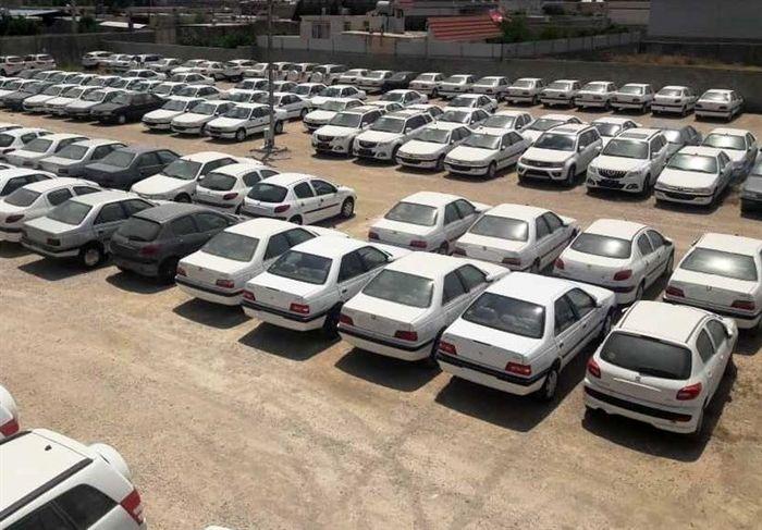 مجلس به مسئله بازار خودرو ورود کرده است؟