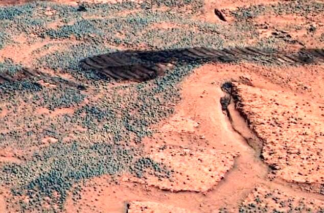 تصویری شگفت انگیز از دهانه های روی مریخ