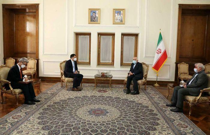 ظریف: سئول سریعتر دسترسی ایران به منابع ارزی را فراهم کند