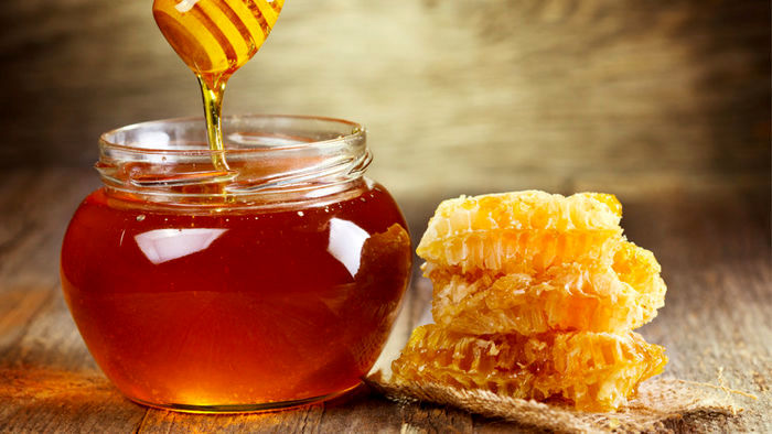 جولان عسل زنبورندیده در بازار