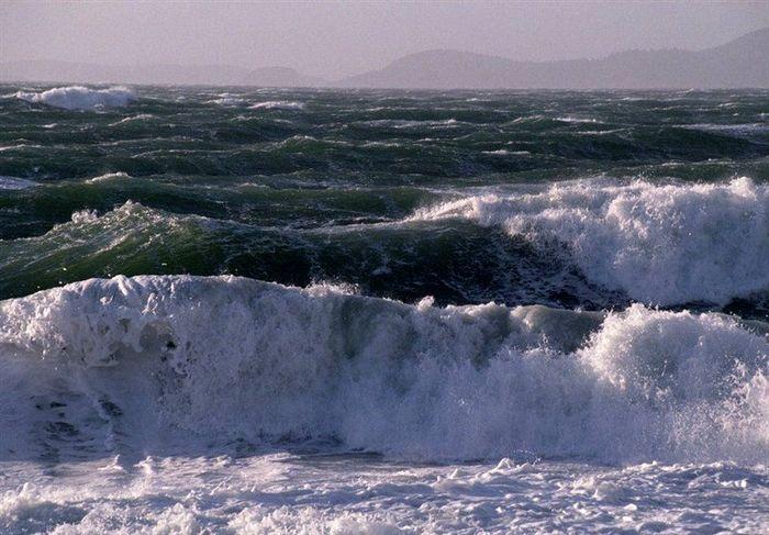 هشدار هواشناسی درباره غرق شدن قایق ها