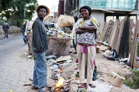 چرا کشورهای غنی فقیراند؟+آمار