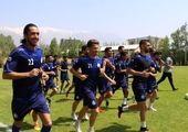 تمرین فرهاد مجیدی در کنار بازیکنانش + عکس