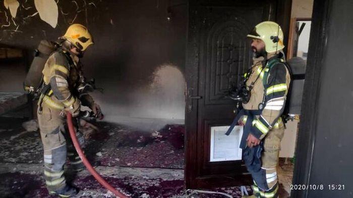 آتش گرفتن یک مغازه در خیابان تختی + عکس