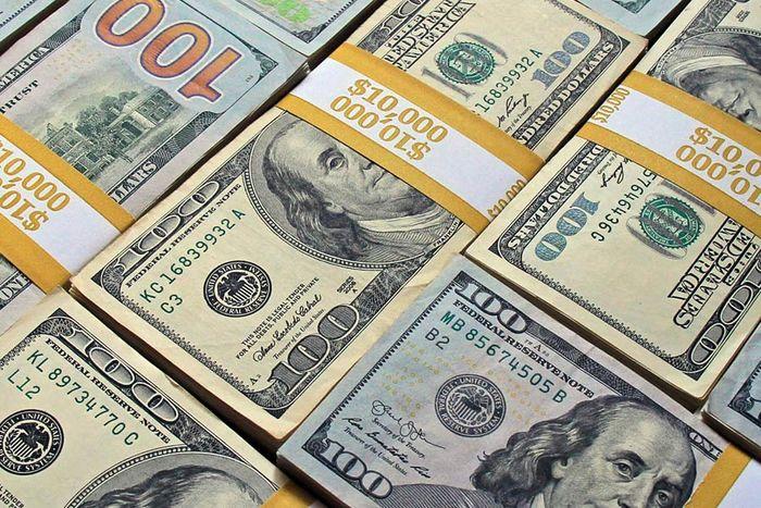 قیمت دلار وارداتی