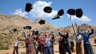 گلرنگ ۱۰ هزار کولهپشتی حاوی لوازم التحریر به مناطق صفرمرزی اهدا کرد