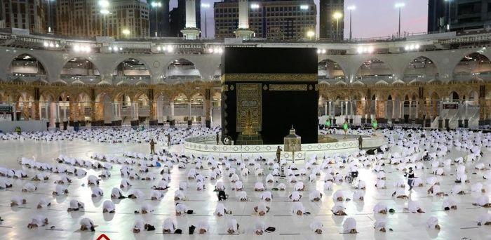 نماز در خانه خدا در اولین روز ماه رمضان + عکس