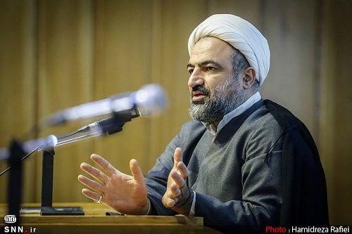این روحانی جنجالی هم کاندیدای انتخابات شد + عکس