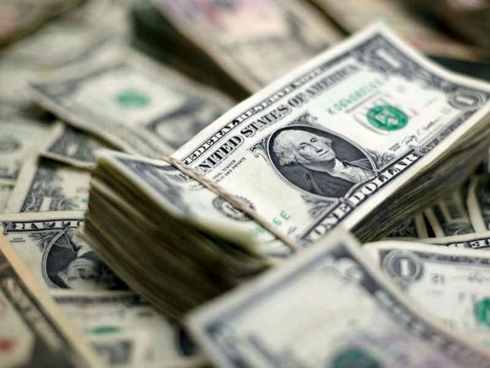 دو نیمه متفاوت در بازار دلار