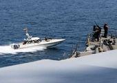تیراندازی به سمت کشتی آمریکایی در تنگه هرمز