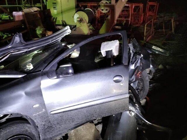 تصادف مرگبار خودرو ٢٠۶ در بزرگراه آزادگان