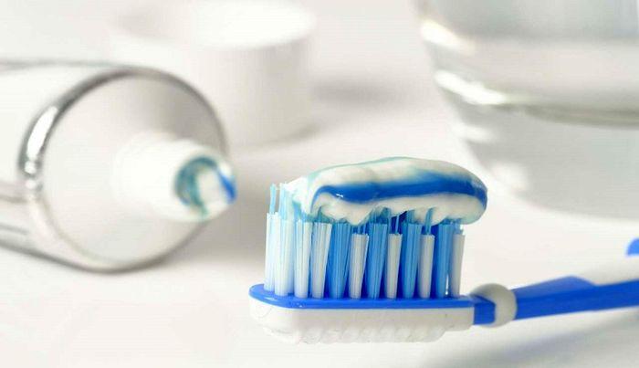 قیمت نجومی خمیر دندان خارجی در بازار