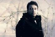 چاوشی هنرمندی از جنس مردم /ماجرای بیش از ۲۰ میلیار کمک مردمی برای آزادی زندانیان