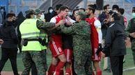 فوتبال به اضافه فنون کشتی و رزمی در لیگ برتر