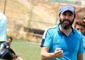 اتفاقی عجیب در فوتبال تهران؛ کمک داور کت شلواری!
