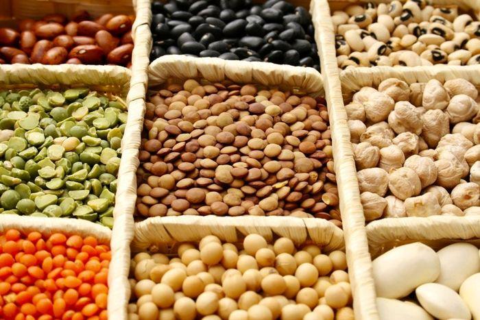 قیمت هر کیلو حبوبات در بازار امروز (۱۴۰۰/۰۲/۰۵) + جدول