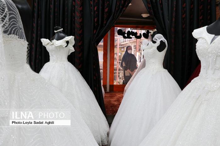 تصاویر/  کسادی در بازار لباس عروس