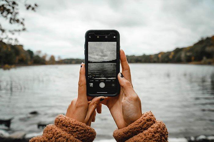 پیکسل سوختگی ال سی دی گوشی چیست؟ + راه حل