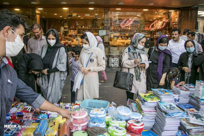 تصاویر/ هجوم به بازار لوازم تحریر