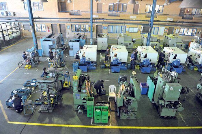 میزان اشتغال صنایع کوچک در واحدهای صنعتی چقدر است؟