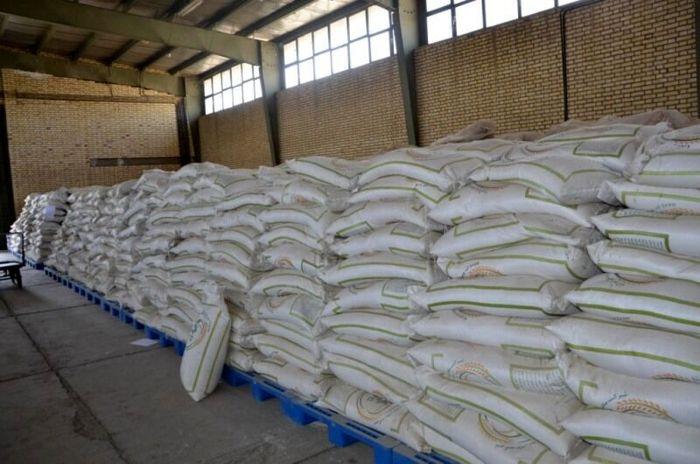 برنج در گمرک و ما گشنه دلان می گردیم!